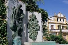 Fuente_Vaqueros_Estatua_Lorca